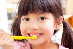 子供の歯科検診